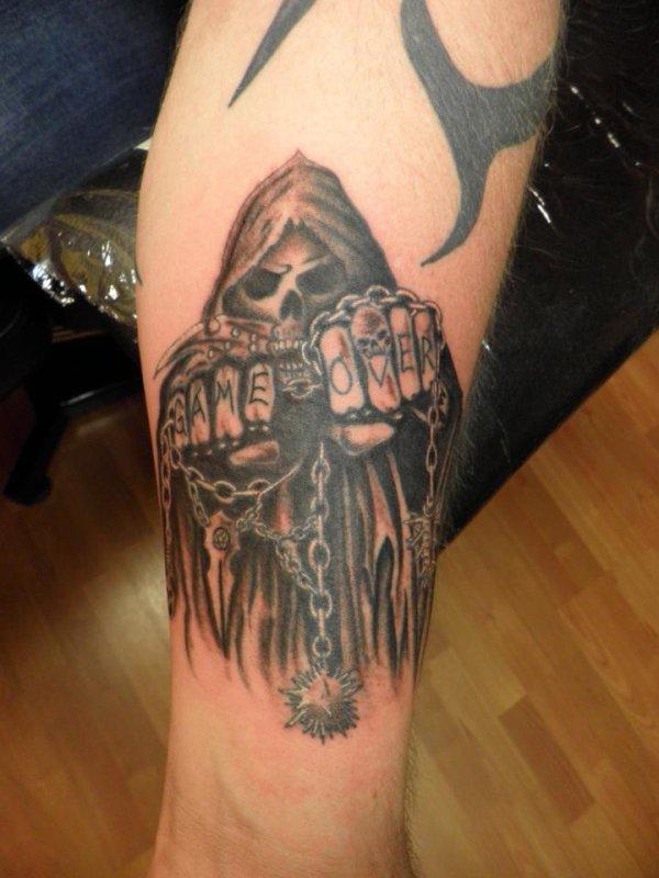 Projet tattoo faucheuse tatoueur pirate - Tatouage la faucheuse ...