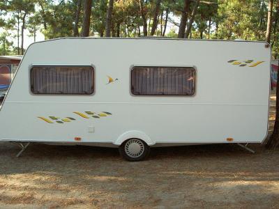 blog de ventecaravane36 vente caravane sterckeman. Black Bedroom Furniture Sets. Home Design Ideas